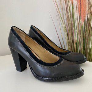 Hush Puppies Black Leather Heels size 8